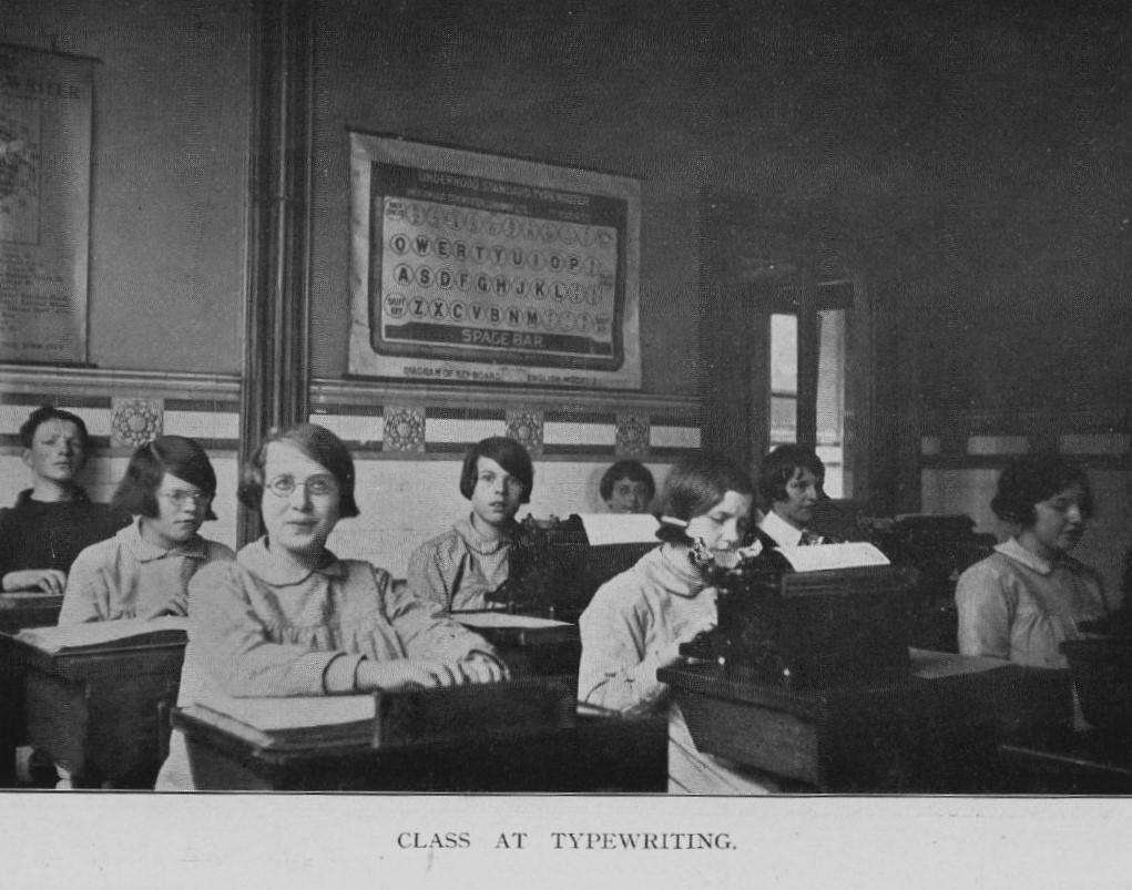 1931 Class at Typewriting