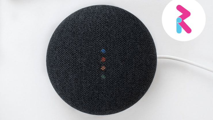 RealSAM smart speaker with logo